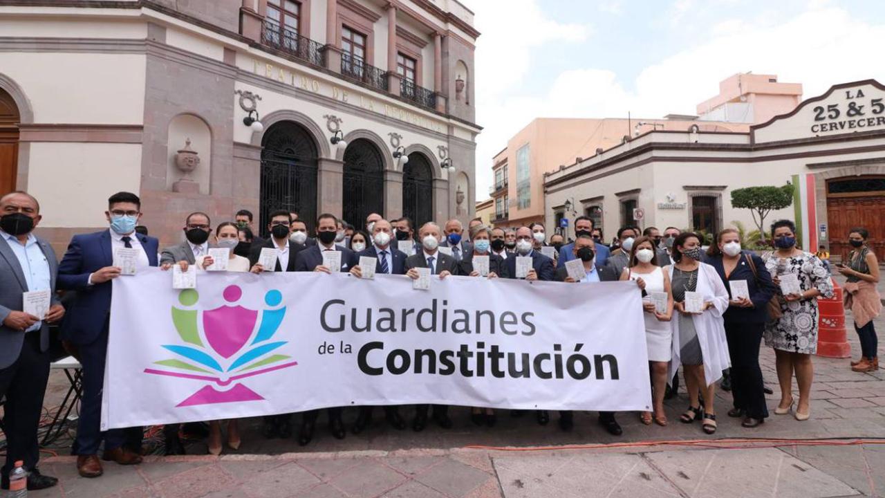 Coparmex crea frente para frenar las reformas constitucionales de AMLO