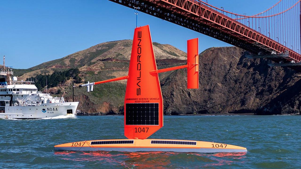 Estos drones marinos navegan los océanos ayudando a combatir el cambio climático