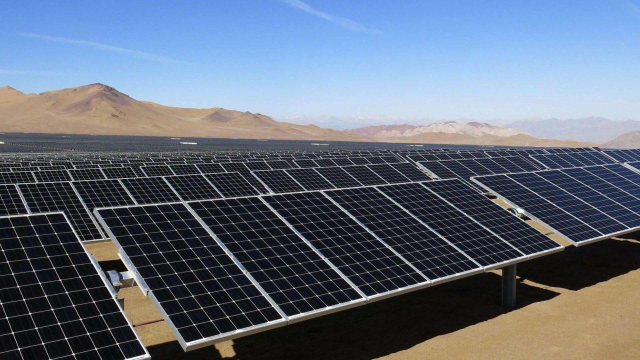 AMLO encarga a Durazo un parque de energía solar en Sonora