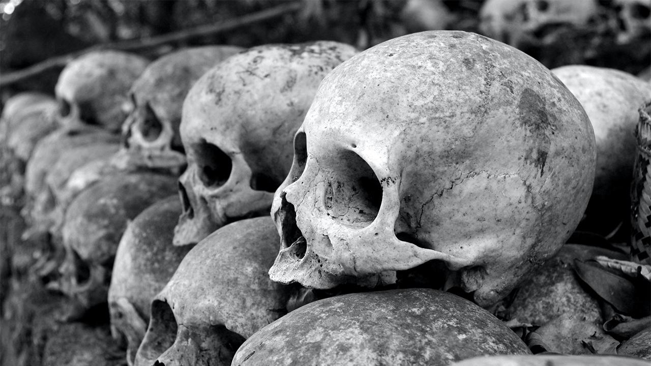 Nuevo hallazgo eleva a 1,275 las tumbas de indígenas en internados de Canadá