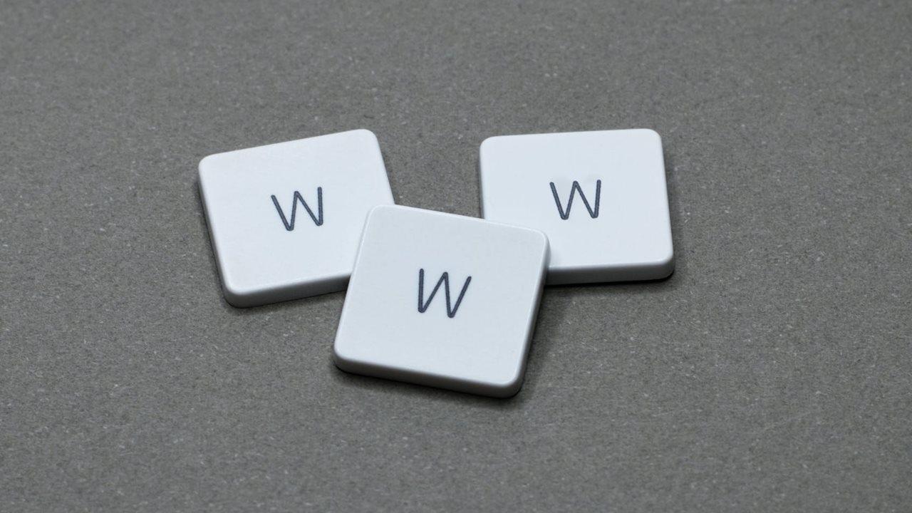 Código original de la WWW escrito por Tim Berners-Lee será subastado como NFT