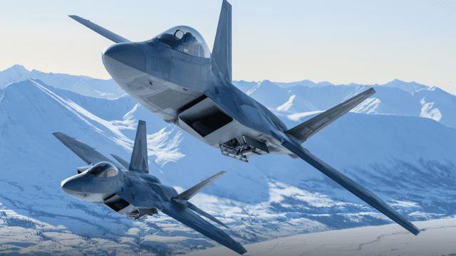 La Fuerza Aérea de EU envió docenas de aviones F-22 para practicar para la guerra con China