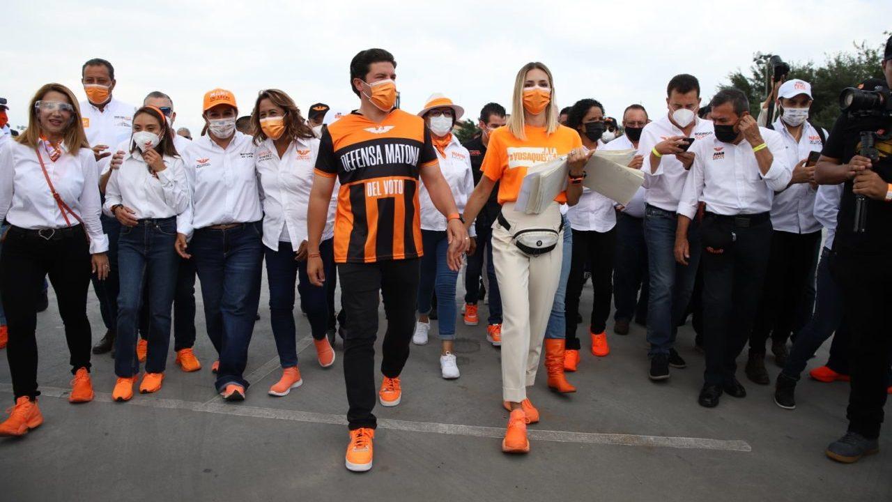Tribunal electoral revoca sanción a MC y Samuel García por posteos en redes