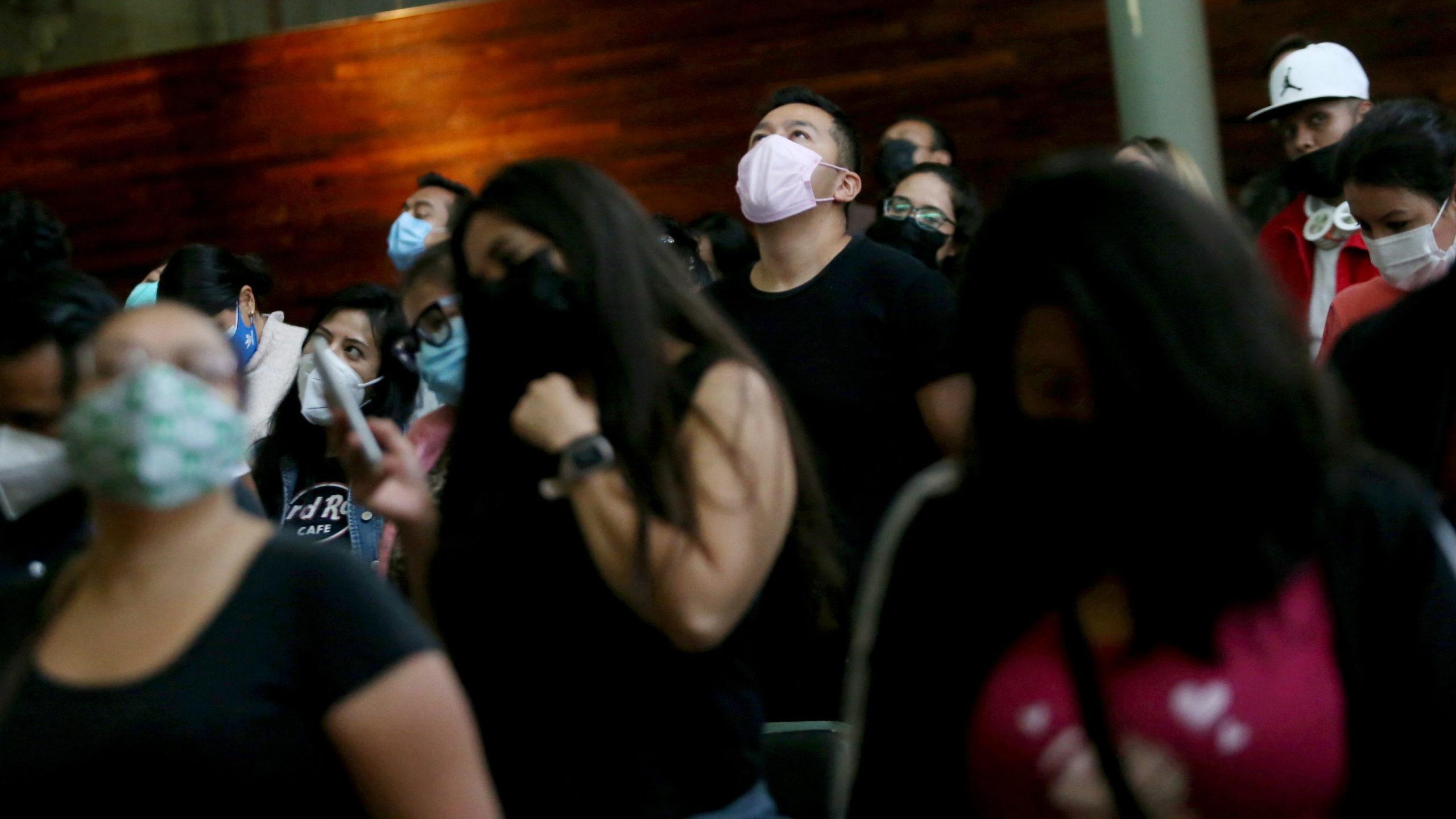 Jóvenes protagonizan la tercera ola de coronavirus en México