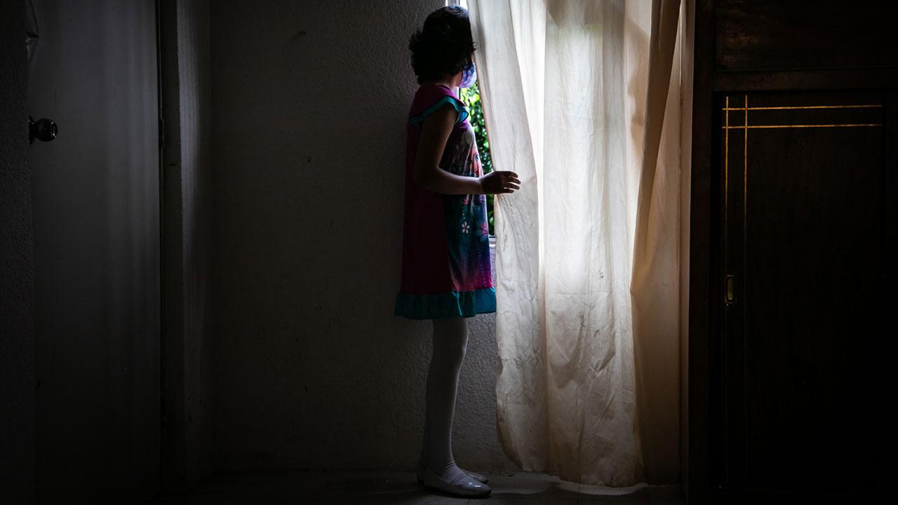 'Mi hija no es un número, que recaiga en cáncer es mi mayor miedo por falta de medicamentos'