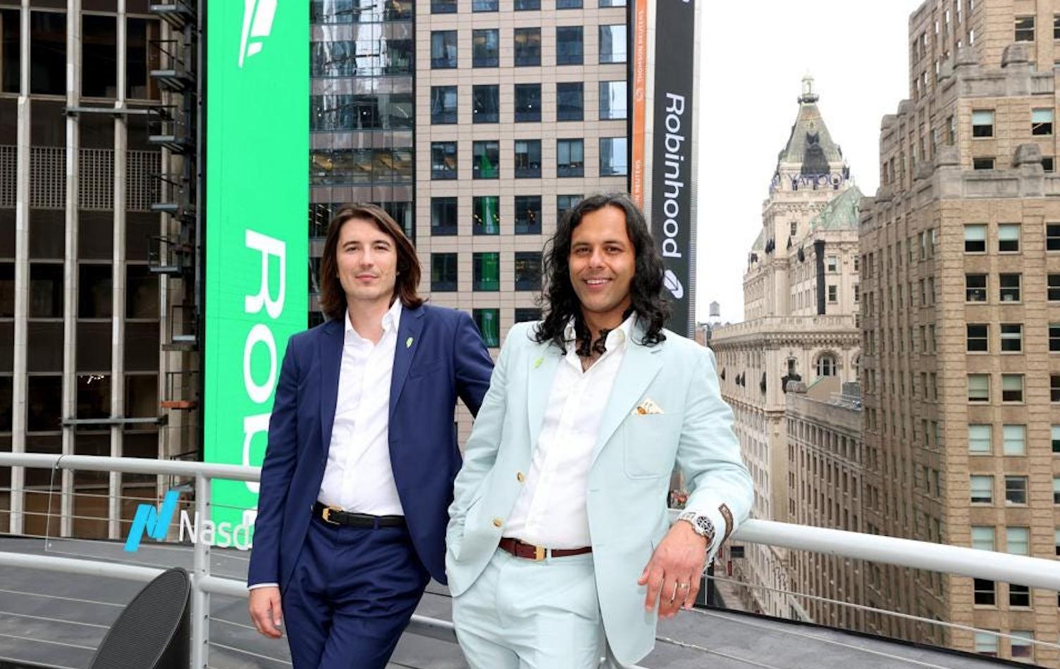 Luego de OPI decepcionante, fundadores de Robinhood valen miles de millones de dólares