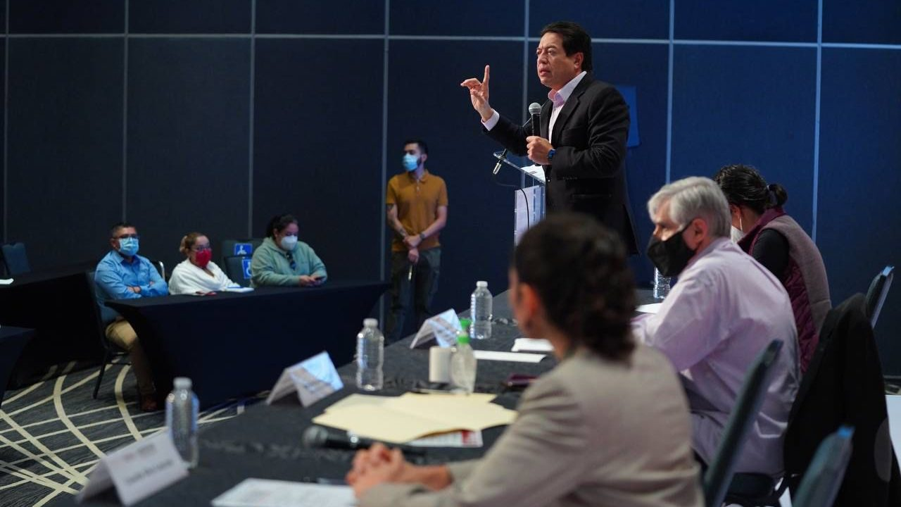 Mario Delgado llama a 'corcholatas' a enfocarse en su trabajo