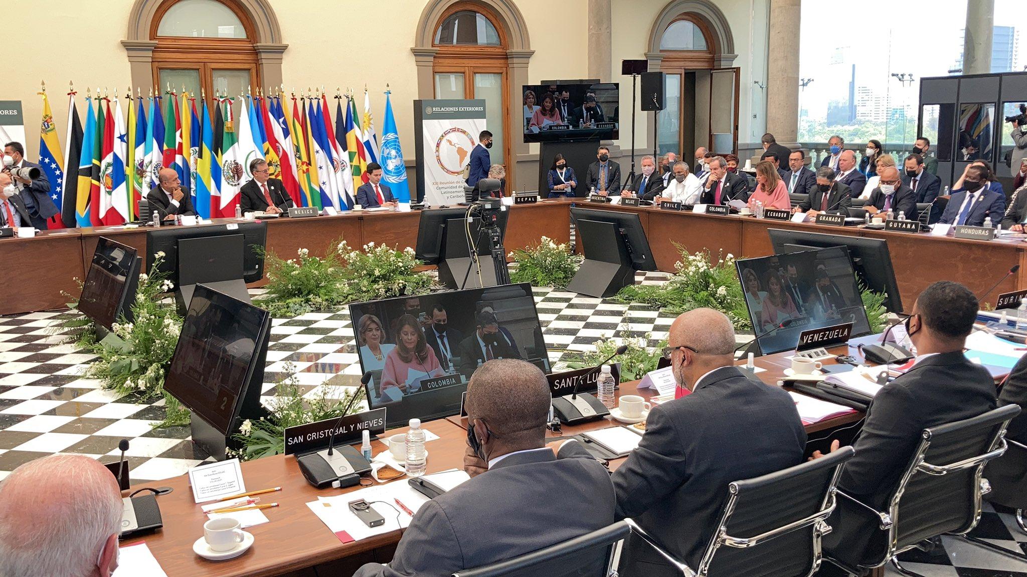 México y cinco países más crean la Agencia Latinoamericana del Espacio