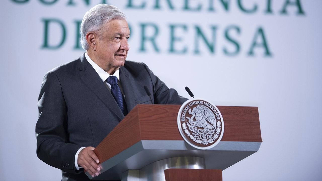 López Obrador defiende encuesta que le da 72% de aprobación