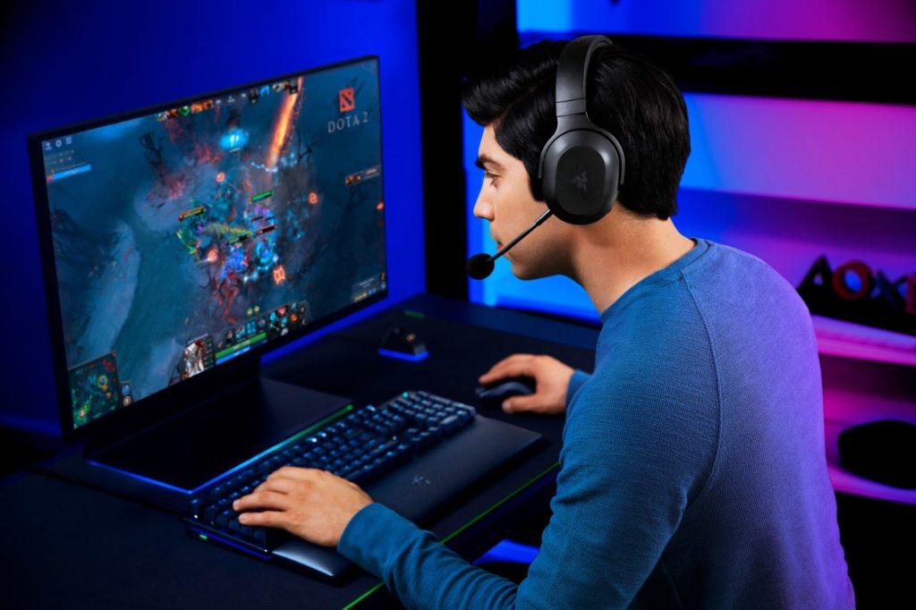 audífonos para gamers Razr
