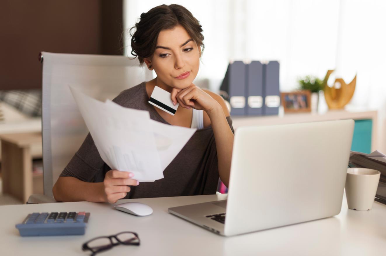 ¿Vas a contratar un crédito de nómina? Conoce la opción cara y la barata