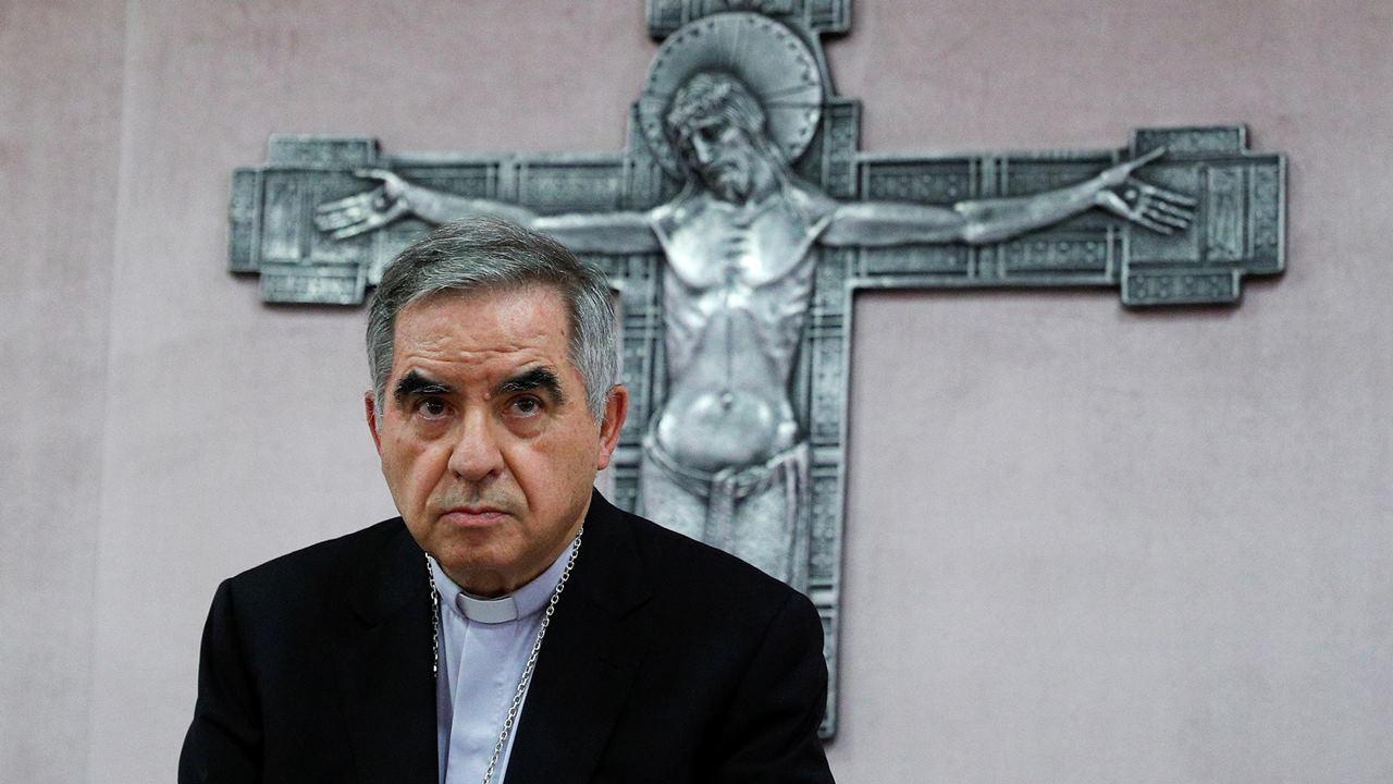 El Vaticano lleva a juicio a cardenal por delitos financieros