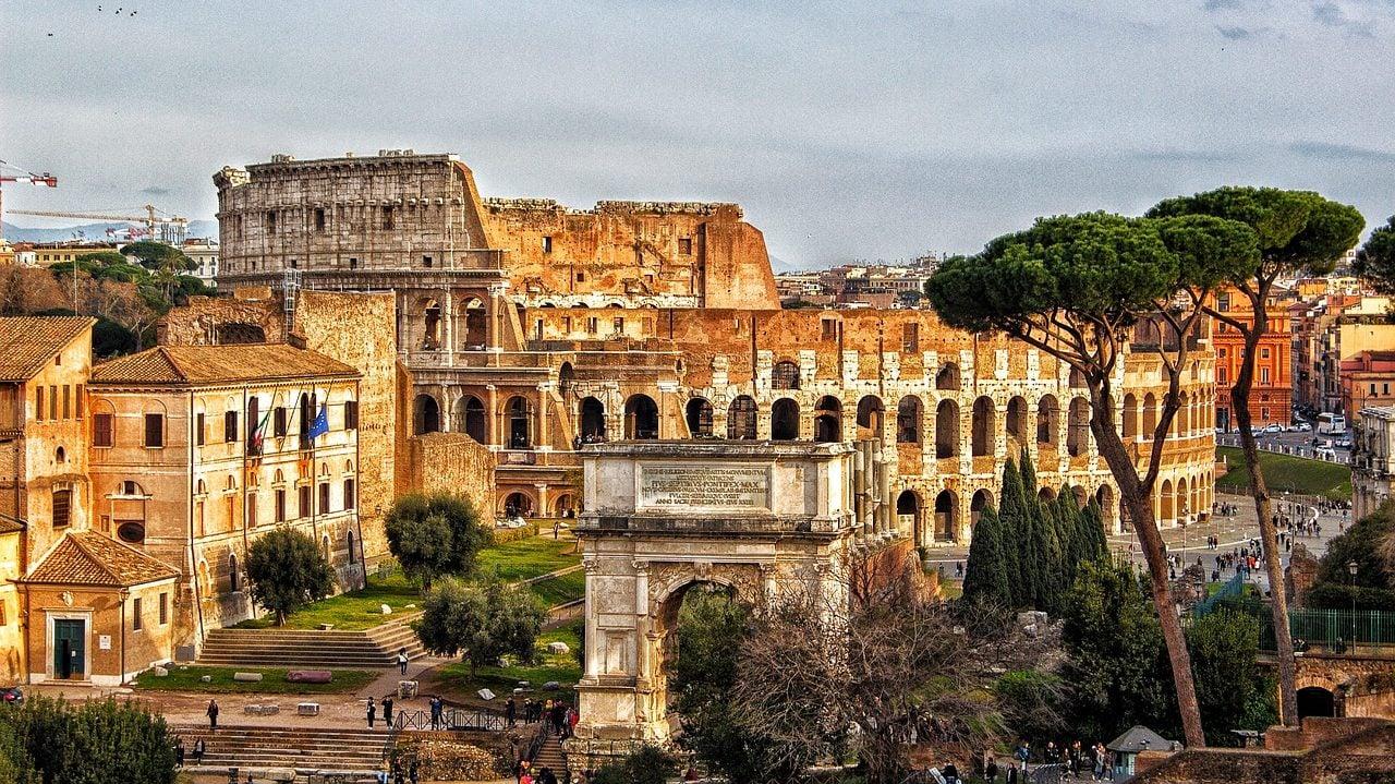 Coliseo romano abre, por primera vez, los pasillos subterráneos a los turistas