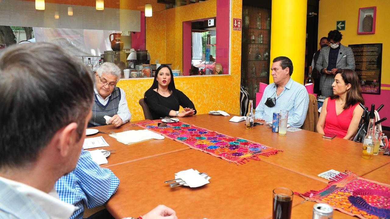 Alcaldesa electa de Cuauhtémoc ofrece convertir la Zona Rosa en la Quinta Avenida de NY