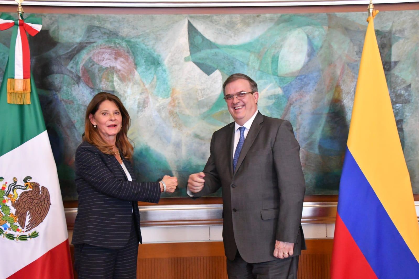 México y Colombia acuerdan cooperar en vacunas, comercio y seguridad