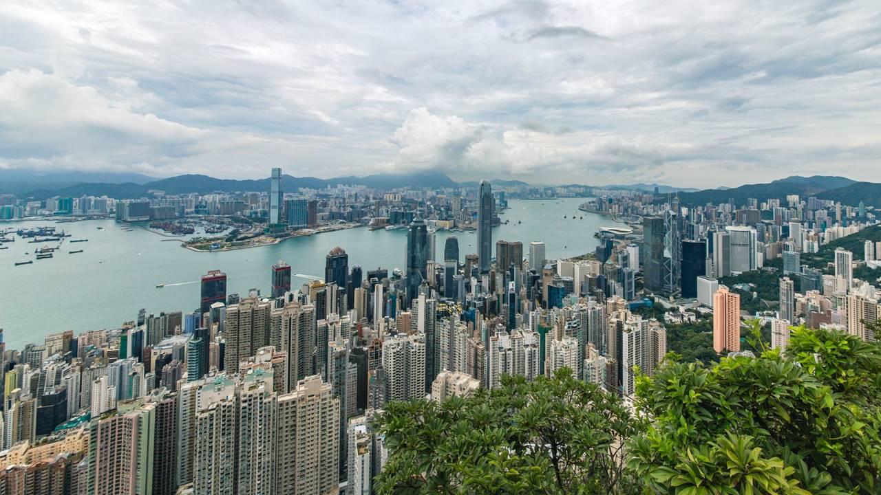 Facebook, Twitter y Google amagan con dejar Hong Kong por nueva ley