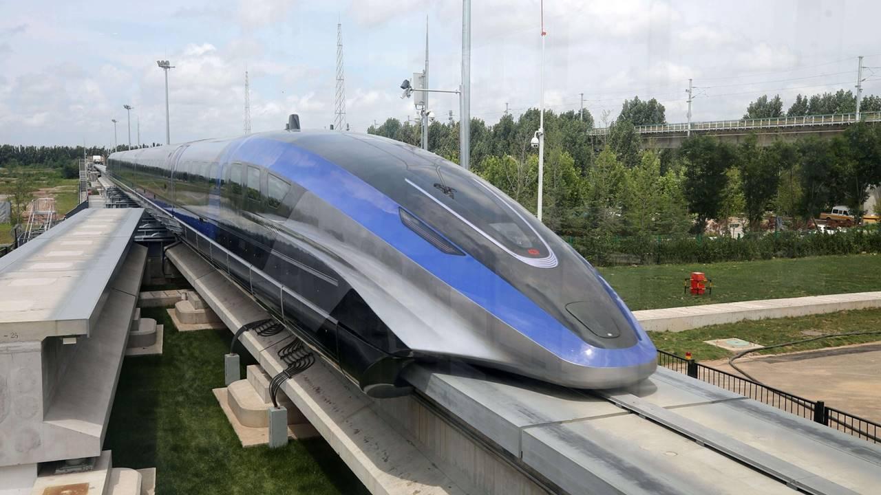 China tiene el tren más veloz del mundo: el nuevo Maglev alcanza los 600 km/h