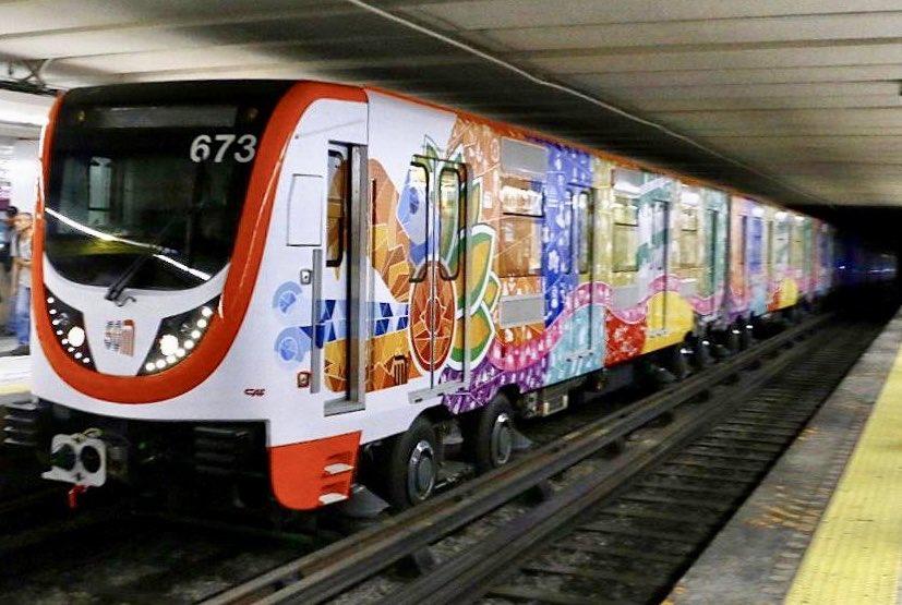 Metro 'sacrifica' un tren del consorcio chino para reconstruir Puesto de Control