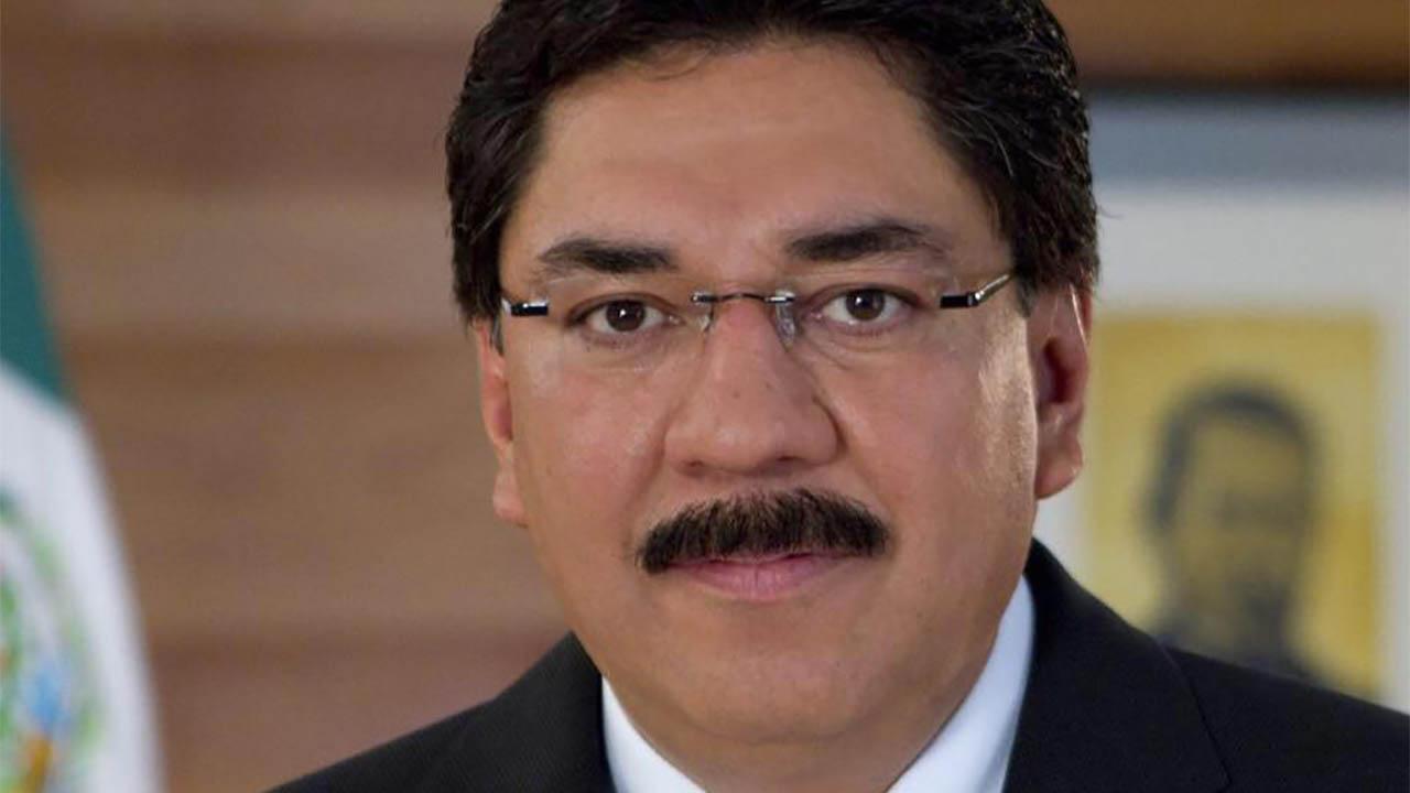 Ulises Ruiz acusa que Alejandro Moreno quiere expulsarlo del PRI; acudirá al Tribunal