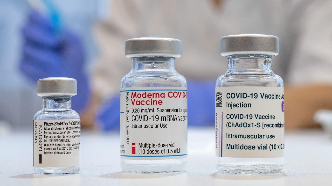 OMS pide a ciudadanos no mezclar dosis de distintas vacunas anticovid