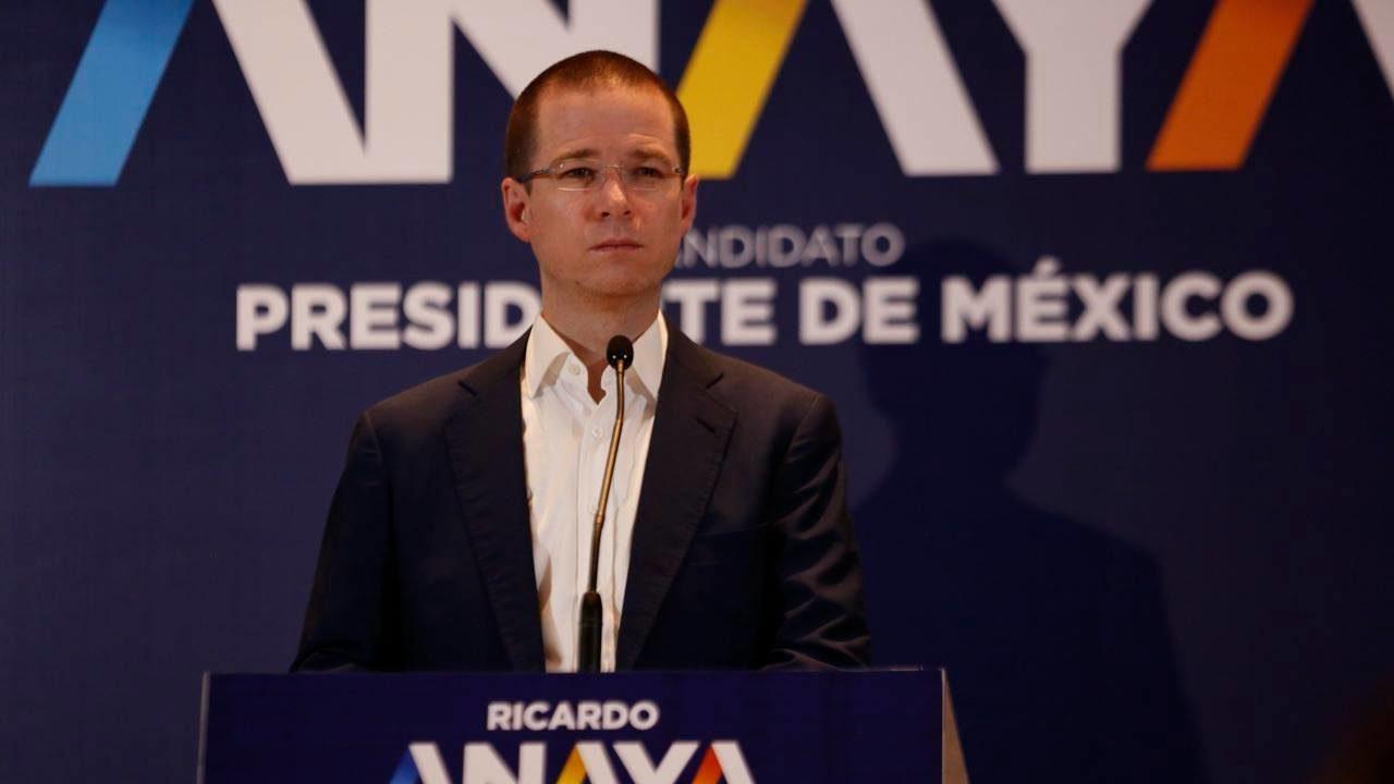 FGR entrega carpeta de investigación a abogado de Ricardo Anaya