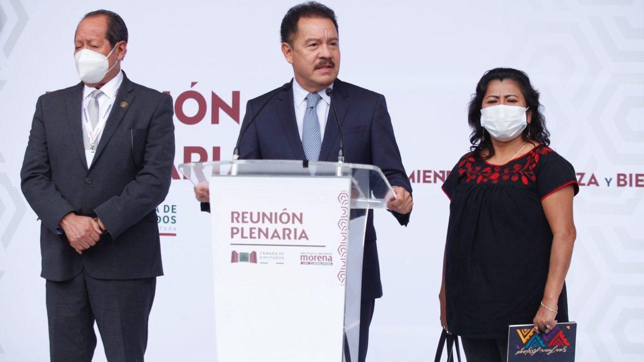 Morena desiste en conformar 'megabancada' con el PVEM y el PT