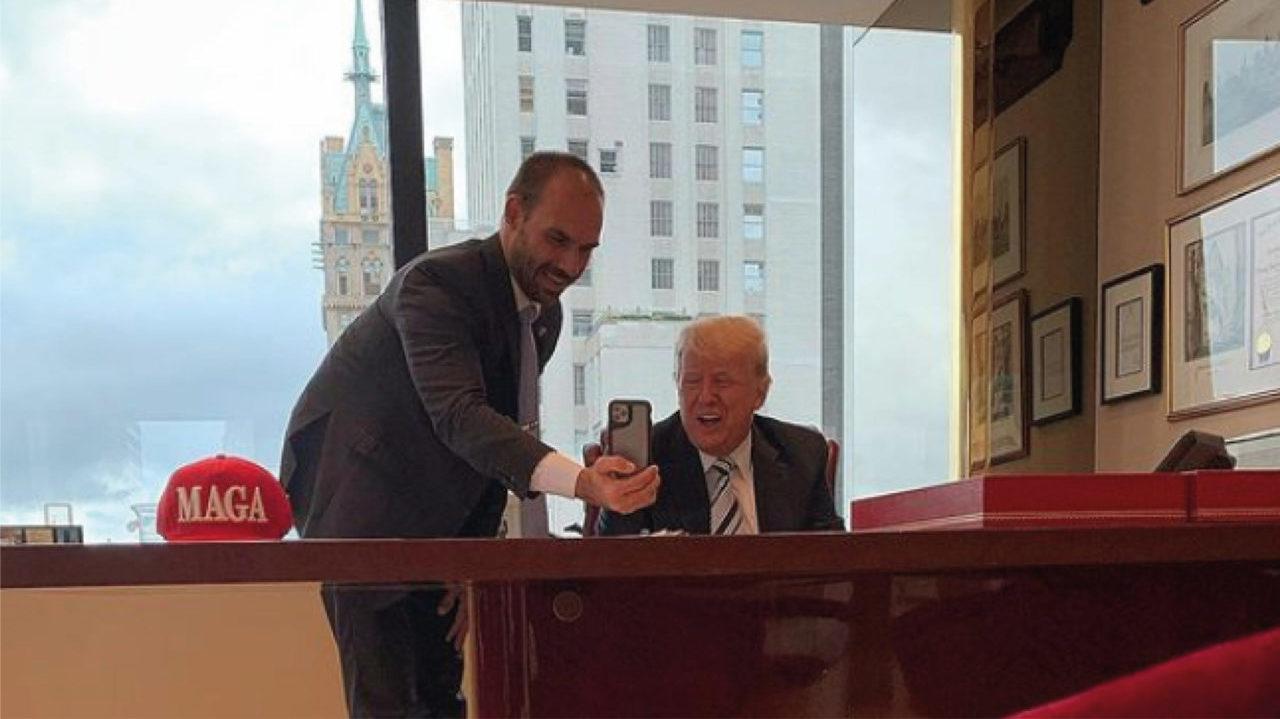 Hijo de Bolsonaro se reune con Trump en Nueva York