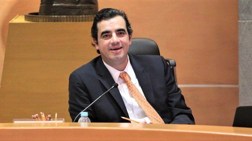 Renuncia director de Prerrogativas y partidos políticos del INE