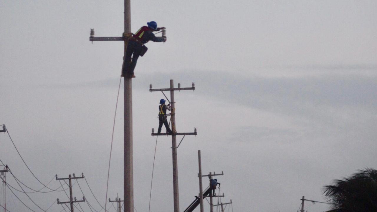 Casi 700 mil usuarios se quedaron sin luz por el huracán Grace