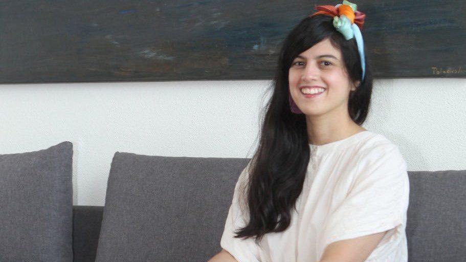 AMLO tira nombramiento de Brenda Lozano a España; propone a poeta indígena