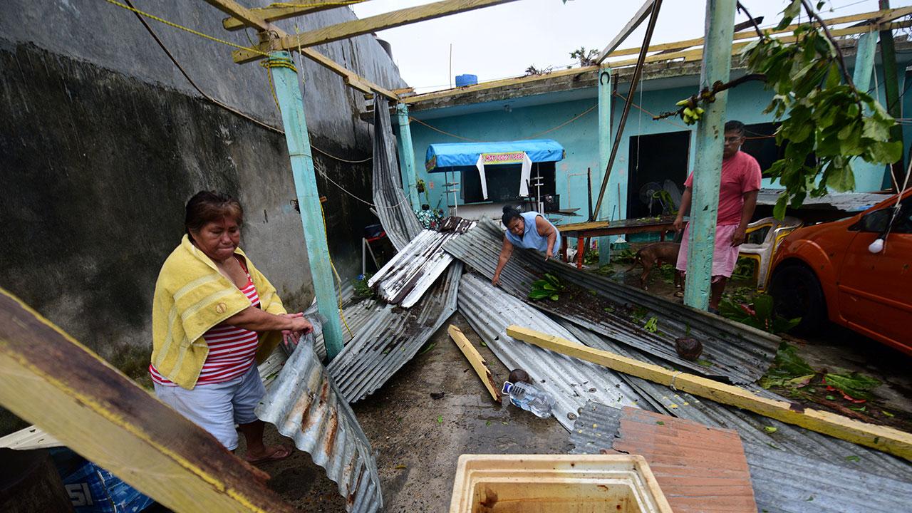 Morena hace vaquita… ahora para damnificados en Veracruz y Haití