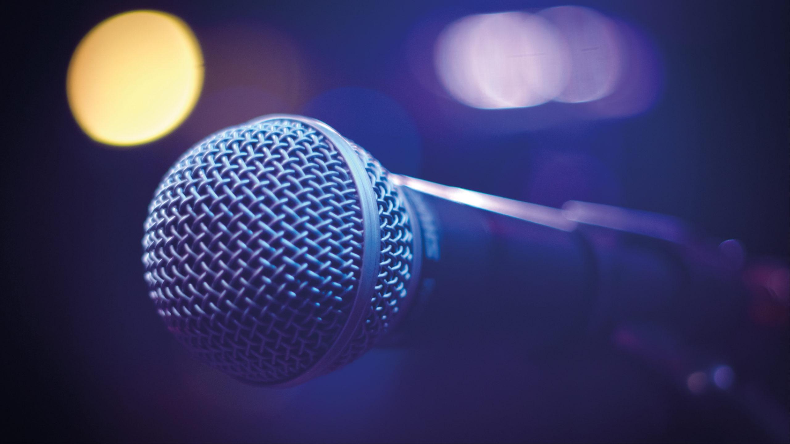 China prohibirá canciones con 'contenido ilegal' en karaokes