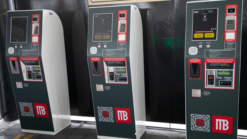 Maquinas de recarga con tarjeta bancaria Metrobus 4