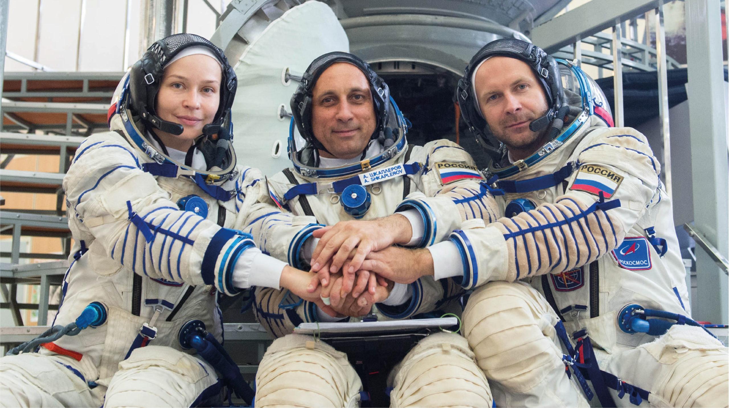 Alistan el despegue del equipo de rodaje para la primer película espacial