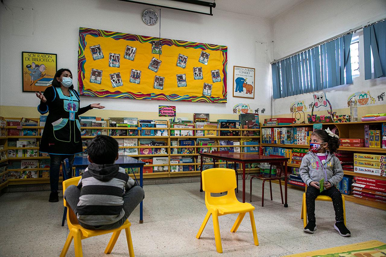 Entre 15 y 16 millones de alumnos han vuelto a clases presenciales: SEP