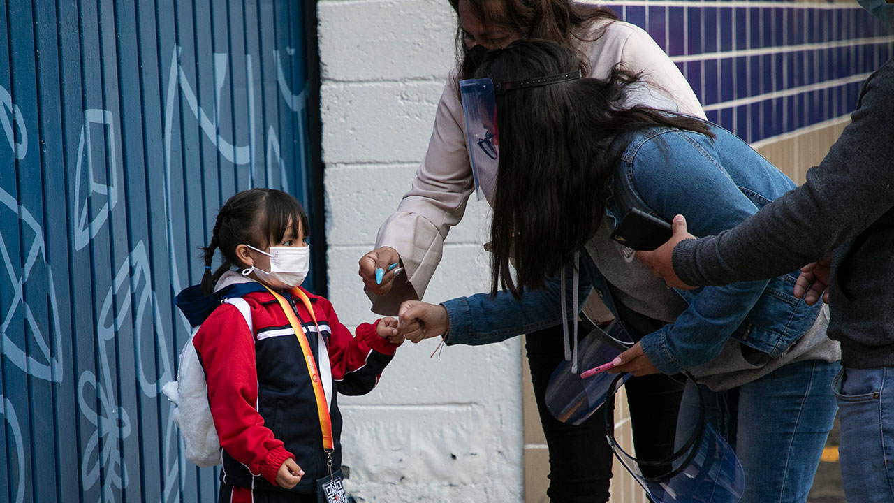 Cerca de 120 mil escuelas reabrieron; SEP hará censo para cifrar deserción