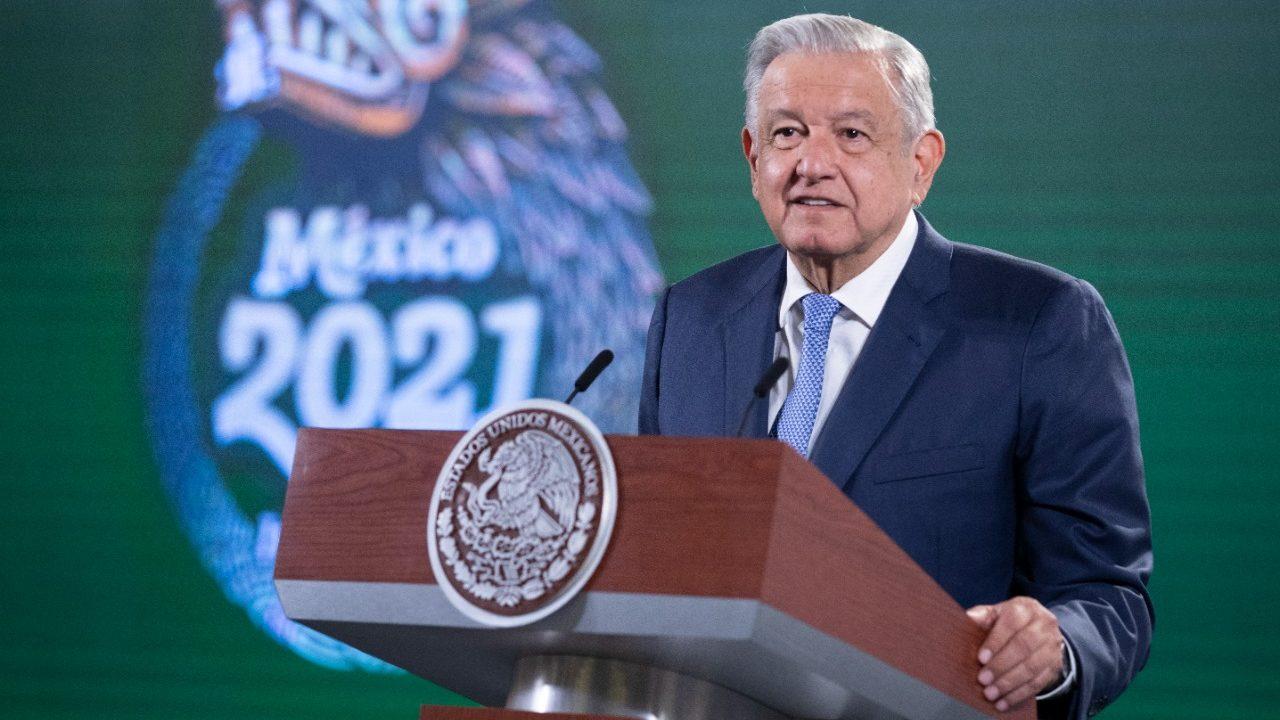 López Obrador: el medio tiempo