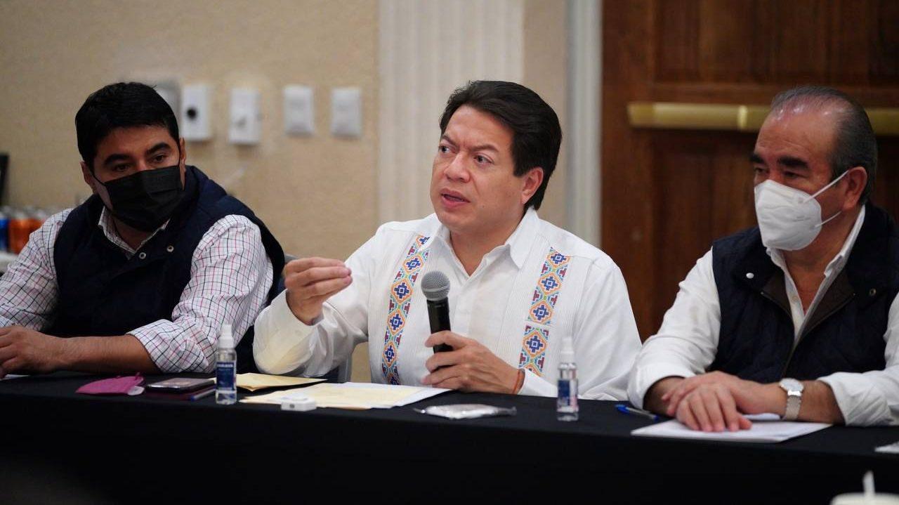 Morena acusa guerra sucia contra gobierno de CDMX tras gresca con alcaldes electos