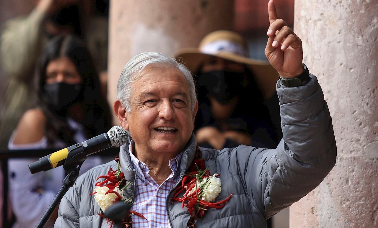 """AMLO carga contra el Poder Judicial: """"está podrido y es ultraconservador"""""""