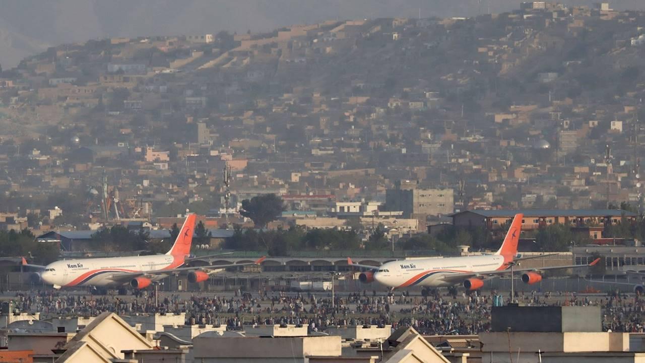 Estado Islámico reivindica autoría de atentado en aeropuerto de Kabul