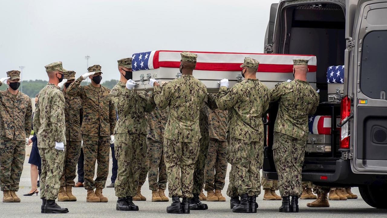 EU finaliza la retirada de Afganistán luego de 20 años de guerra