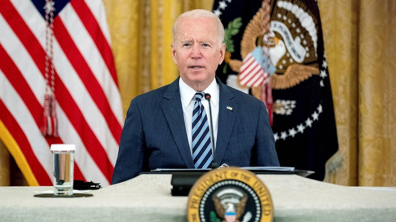 Biden promete colaboración internacional para apoyar al pueblo en Afganistán