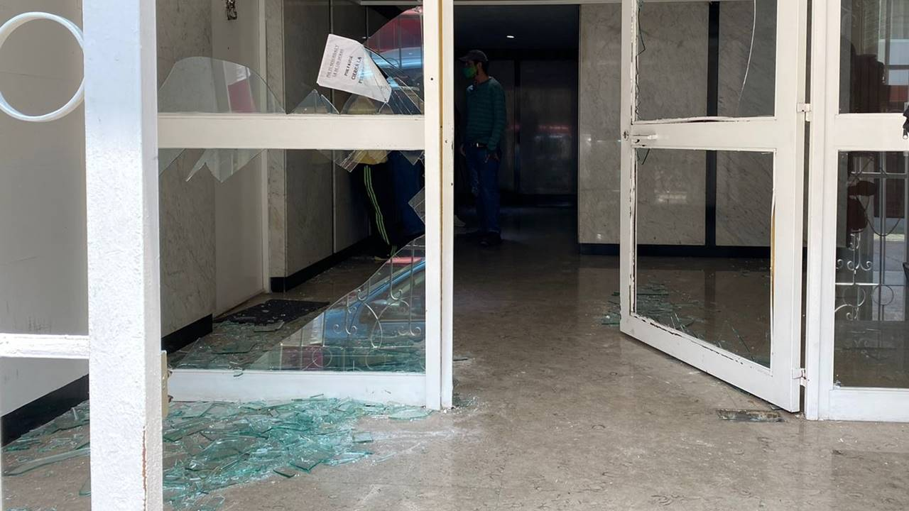 Catean domicilio de abogado del diputado desaforado Saúl Huerta