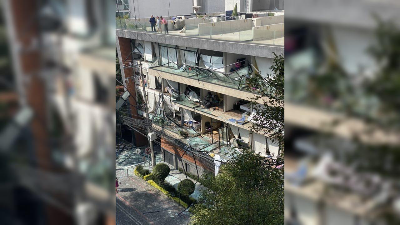 Se registra explosión en edificio habitacional en la alcaldía Benito Juárez