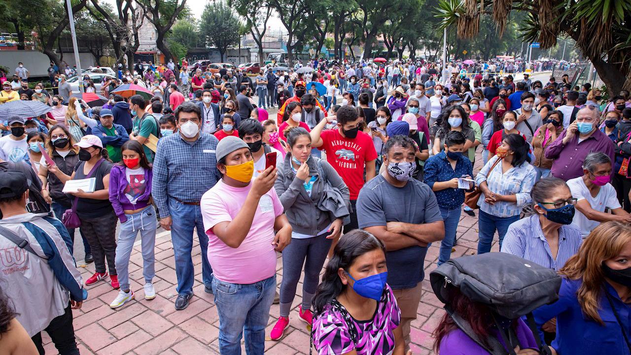 México reporta 699 nuevas muertes y 14,233 nuevos casos de coronavirus