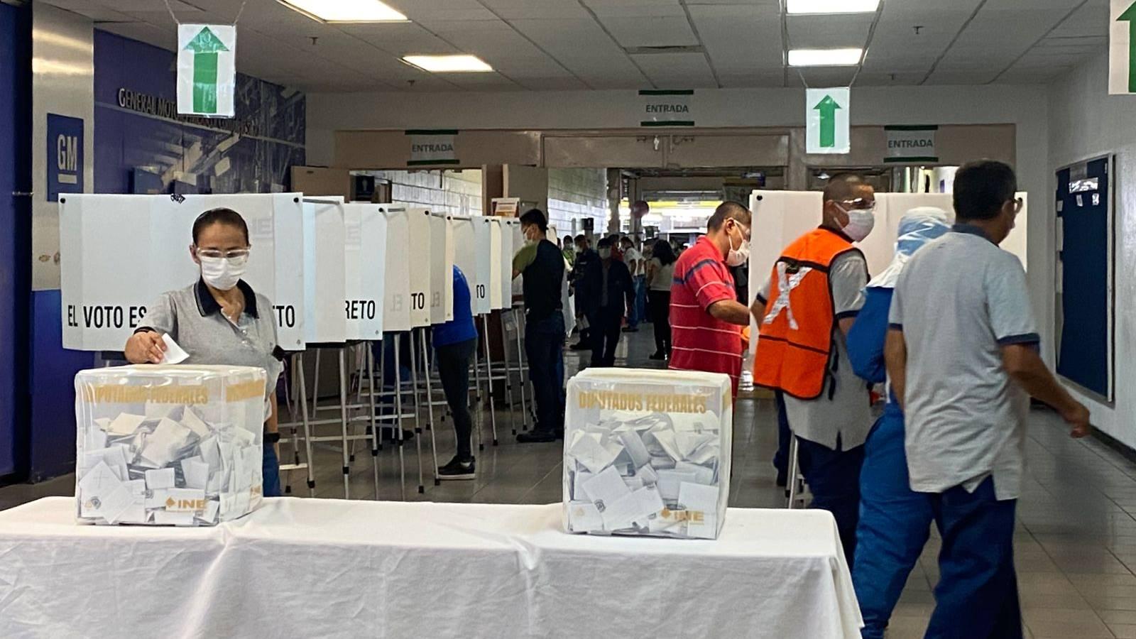 Trabajadores de GM en Silao votan por suprimir su contrato en el primer reto del T-MEC