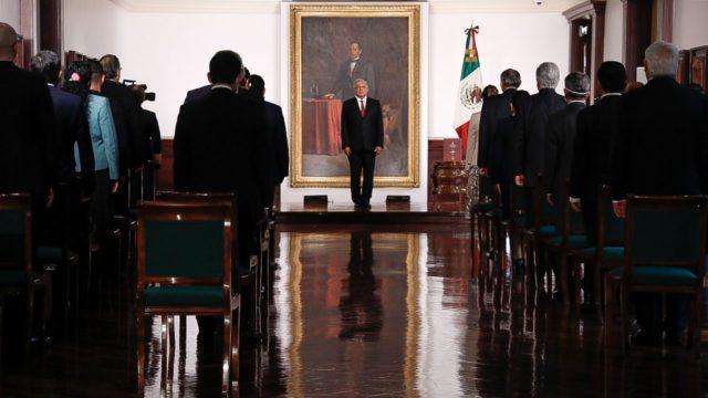 Andrés López Obrador presentará una reforma contra privatización de sector eléctrico