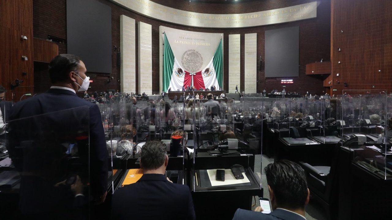 En primera sesión, diputados aprueban Ley Federal de Juicio Político