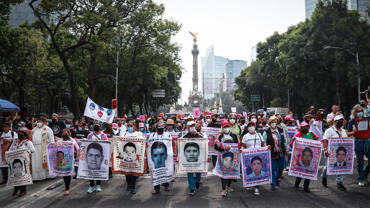 Gobierno federal difunde conversaciones sobre caso Ayotzinapa