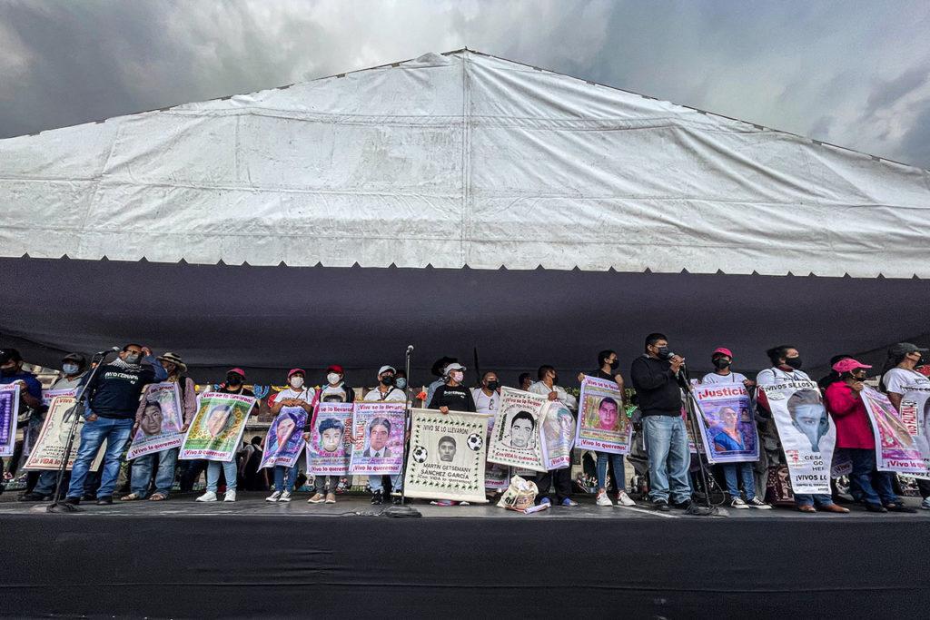Ayotzinapa 12